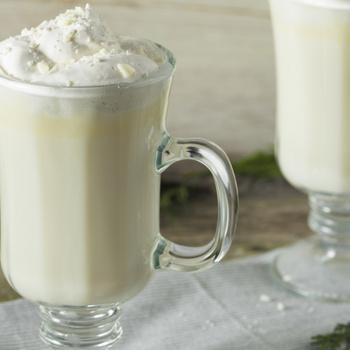 Mennyei forró csoki fehér csokoládéból - Édes, krémes kényeztetés