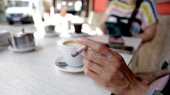 Egyre kevesebb helyen lehet füstölni Milánóban