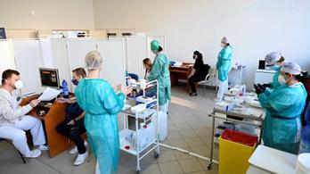 Szlovákiában a tanárok is elsőbbséget élveznek az oltásban