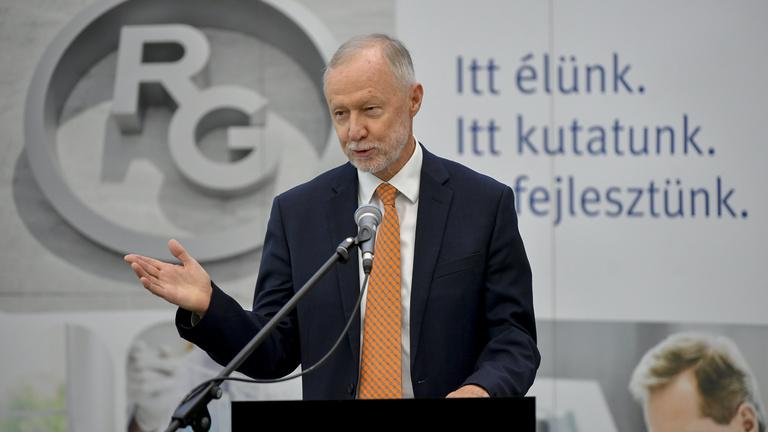 Bogsch Erik: Rengeteg életet mentett meg a remdesivir Magyarországon