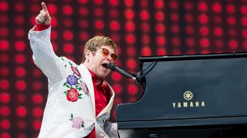 Elton John is aggódik, hogy turnézhatnak a brit zenészek Európában a Brexit után