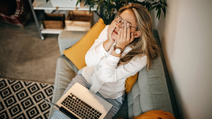 Fárasztó a virtuális kapcsolattartás a kollégáiddal? Így lendíthettek rajta