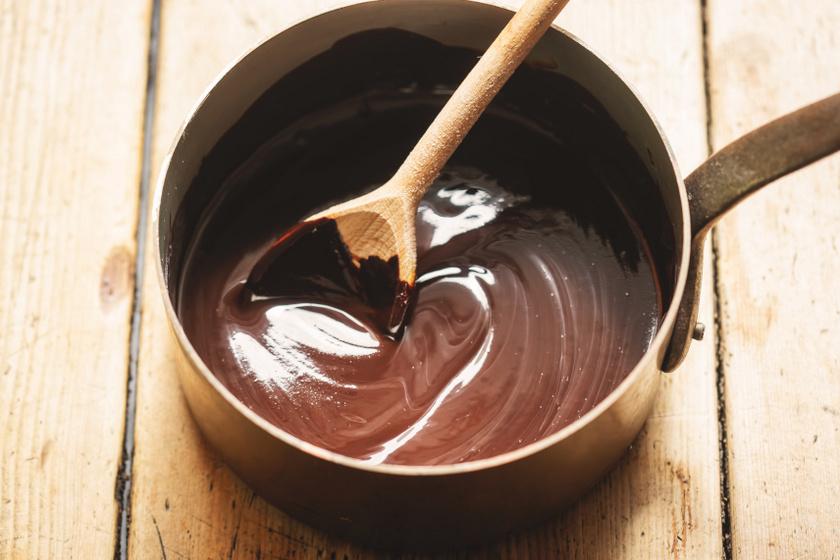 csokiolvasztás belső ok