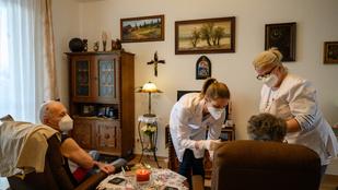Müller Cecília: Segítsük a 89 évnél idősebbek jelentkezését a védőoltásra