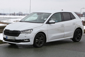Kémfotókon a következő Škoda Fabia