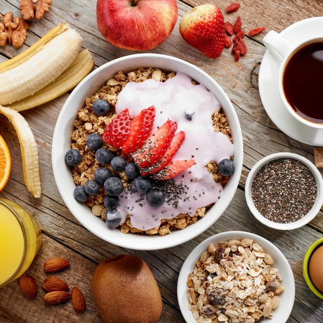 8 diétás reggeli, ami egész délelőtt eltelít: kevés kalóriával, de sok-sok fehérjével
