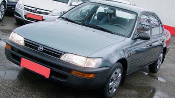 Emlékezetes bizniszek: 27 éves Corolla 35 ezres futással