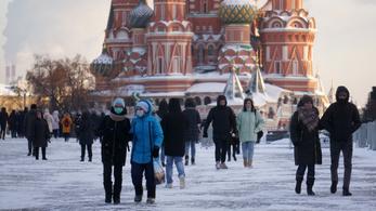 Moszkvában újból kinyitják a múzeumokat, a színházakba több nézőt engedhetnek be