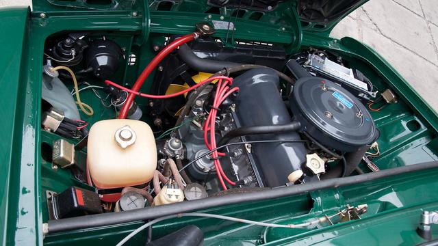 Norbi több, kisebb hiba miatt felújíttatta a motort, de csodás hangja volt előtte is