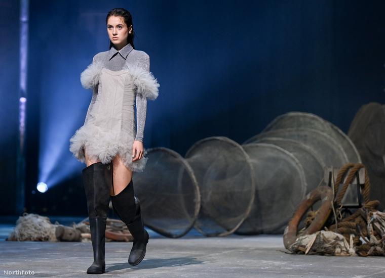 Danny Reinke így képzeli a divatot abban az időszakban, amikor végre az emberek divatosan fognak öltözködni és utcára menni - őszintén szólva én is azt érzem, hogy addigra mind el fogunk felejteni öltözködni.