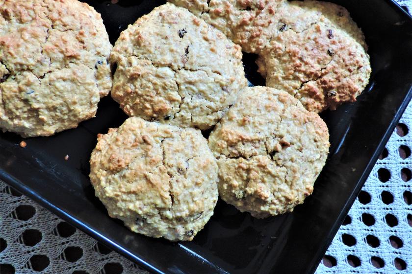 Házi roppanós zabpelyhes keksz: villámgyorsan elkészül