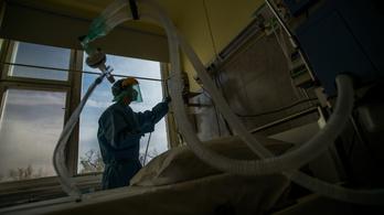 Lélegeztetőkkel segíti Magyarország Ukrajnát