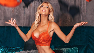 Vasvári Vivien csipkefehérnemű-reklámja nagyon szexire sikerült