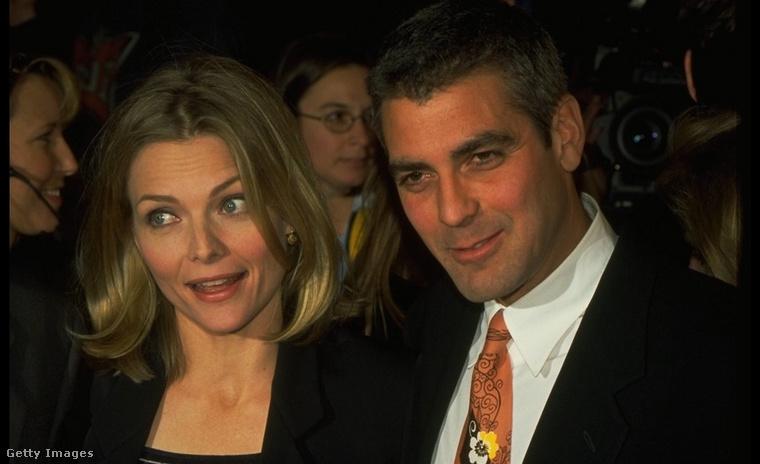 Pfeiffer és Clooney a film premierjén. Kattintson a képre a fotó nagyobb verziójáért!