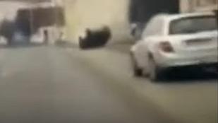Videó: így állt fejre és tört össze mindent a Ford Mustang Nyíregyházán