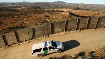 Kivégzett emberek holttestét találták meg az amerikai–mexikói határon