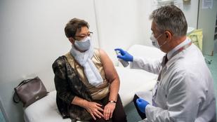 Müller Cecília szerint óriási dolog, hogy a jelentkező egészségügyi dolgozók 80 százalékát már beoltották