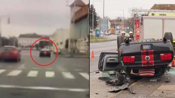 Videón, ahogy egy Ford Mustang fejre áll Nyíregyházán