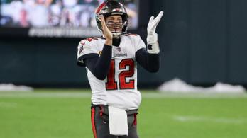 Brady a 10. Super Bowljára készülhet