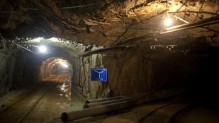 Tíz holttestet emeltek ki a berobbant kelet-kínai aranybányából
