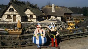 Az állatvédők nyomására bezárja az akváriumot az Asterix vidámpark