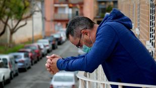 Spanyolországban 94 ezerrel nőtt a regisztrált fertőzöttek száma a hétvégén