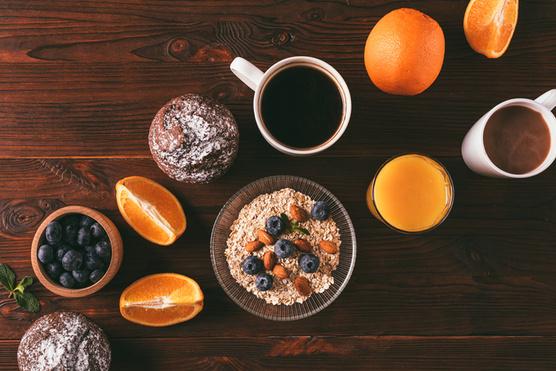 A kávélikőrt narancsossal is helyettesítheted.