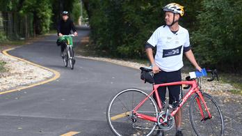 Több mint 1500 kilométer új kerékpárút épülhet 2027-ig
