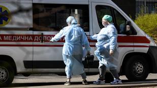 Több mint 22 ezren haltak bele a koronavírus szövődményeibe Ukrajnában