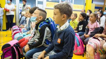 Szlovéniában megkezdődött a tanítás az iskolák alsó tagozatos osztályaiban