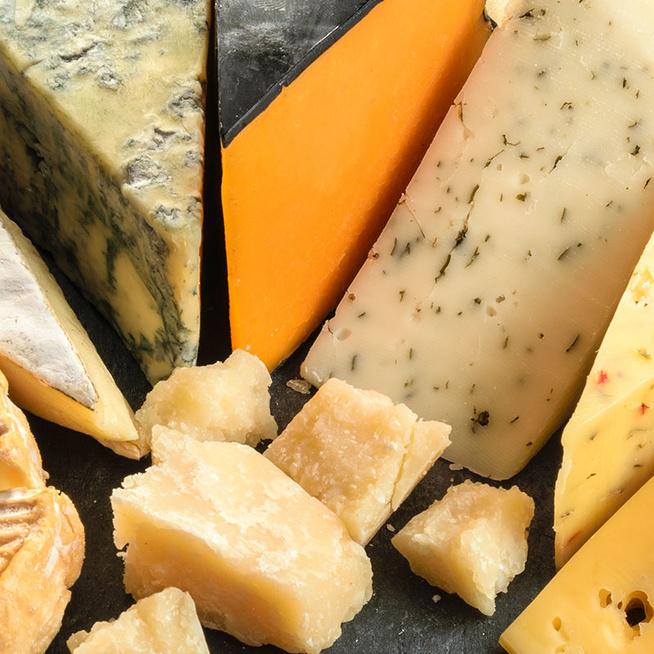 Melyik sajt a rántani való, és melyik menjen a rizottóba? Útmutató sajtfajtákhoz