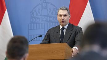 Sejtelmes megjegyzést tett Lázár János Orbán Viktorról