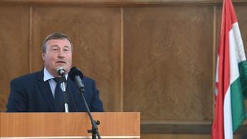Beoltott gyöngyösi polgármester: Hibáztam, és ezért bocsánatot kérek