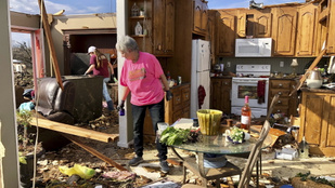 Egy ember meghalt, amikor tornádó söpört végig egy alabamai településen