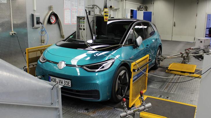 stromverbrauch-elektroautos-test-2101 cwtbtp
