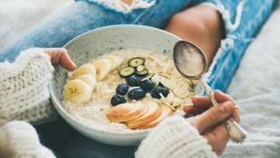 Banánnal és tahinivel is készíthetsz reggeli zabpelyhet, mutatjuk, hogyan!