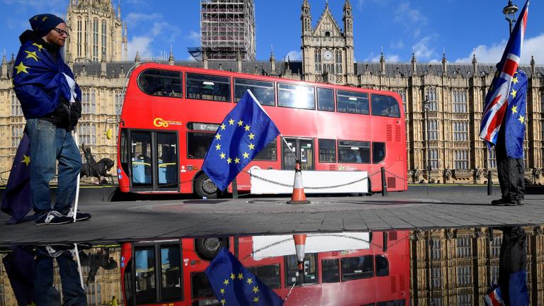 Lelépti díjat fizetne az Egyesült Királyság, csak távozzanak az uniós állampolgárok