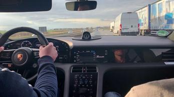 A villanyautóknak nem kell betartani egy sebességkorlátozást Ausztriában