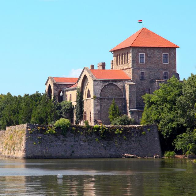Kvíz! Melyik városban található az Öreg-tó? 10 kérdés a magyar településekről
