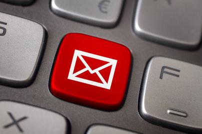 adathalasz-email