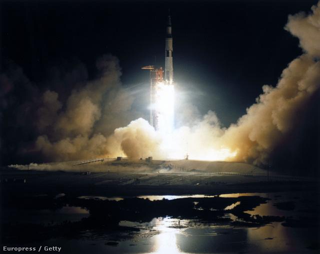 Az Apollo 17 éjszakai indítása