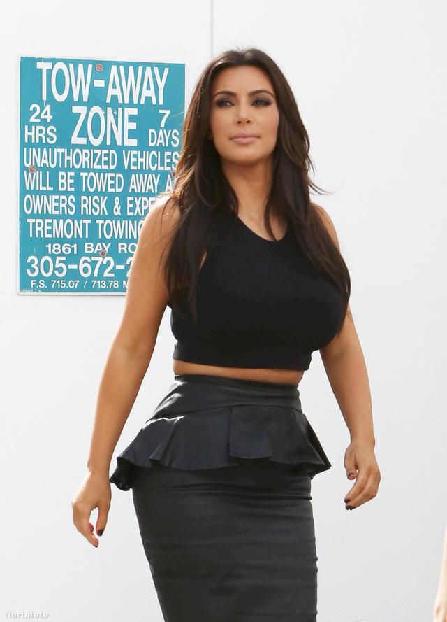 tk3s kkardashian121212 01