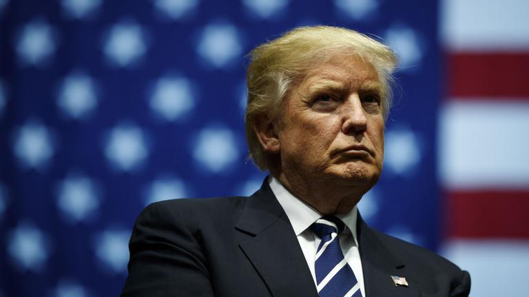 Leráznák magukról Donald Trumpot a sajátjai