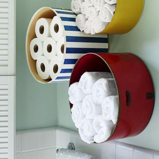 Tökélyre vitték a WC-papír-tárolást: 8 szuper ötlet, ami még jól is néz ki
