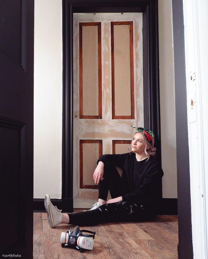 Az Edward-kori, kéthálószobás lakástban megbabrálta a hálószobát, a fürdőt, az előteret, és egy-két ajtót is.