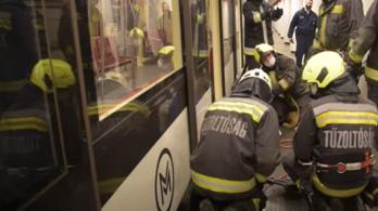 Itt a videó a drámai budapesti metróbalesetről