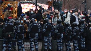 Megteltek a fogdák Moszkvában