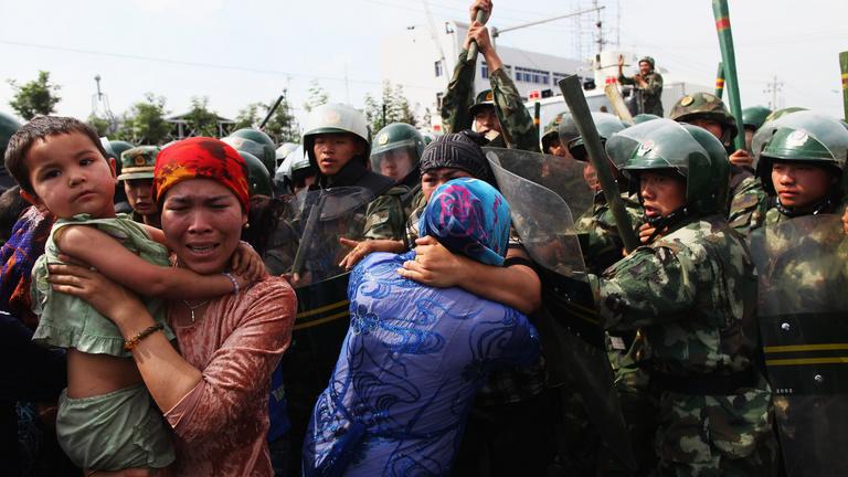Hiába tagadja Kína, népirtás folyik az országban?