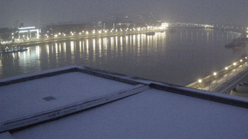 Országszerte lezúdult a hó