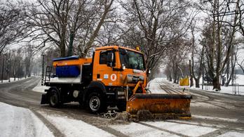 Halk segélykiáltást hallatott az FKF, már szervizmesterekkel kell takaríttatni az utakat